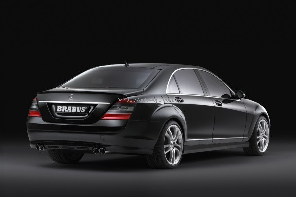 Malaysians confidence in the economy and luxury products for 2008 mercedes benz r350 accessories