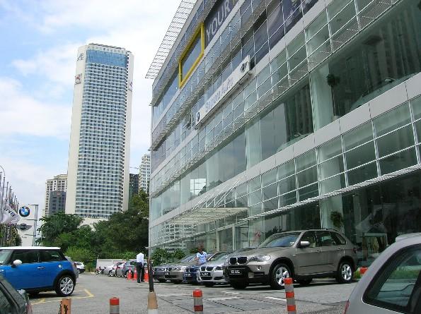 Sapura Auto, Jalan Tun Razak