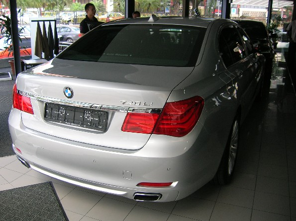 F01 BMW 740Li