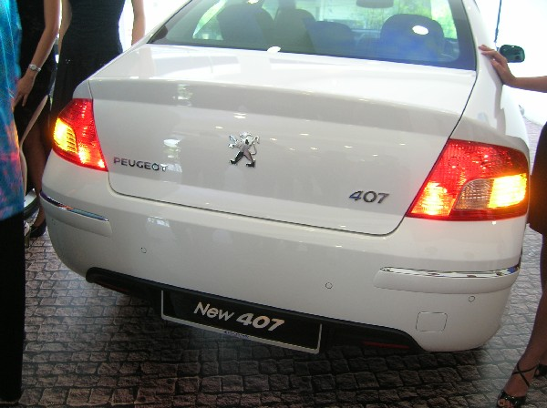 Facelifted rear