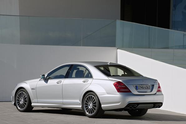 Mercedes benz w221 s class amg for 2009 mercedes benz s550 amg