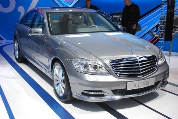 Mercedes benz malaysia announces 2011 sales figures for Mercedes benz worldwide sales figures
