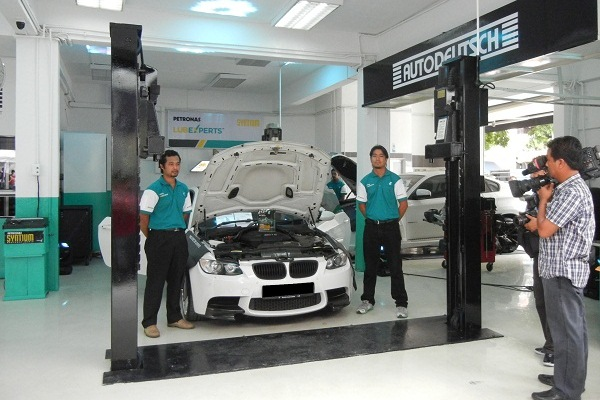 petronas launches lubexperts branded workshop franchise autoworldcommy