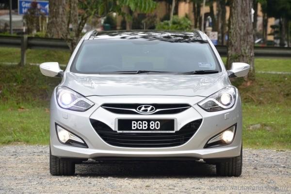 hyundai i40 tourer test drive review - autoworld.my