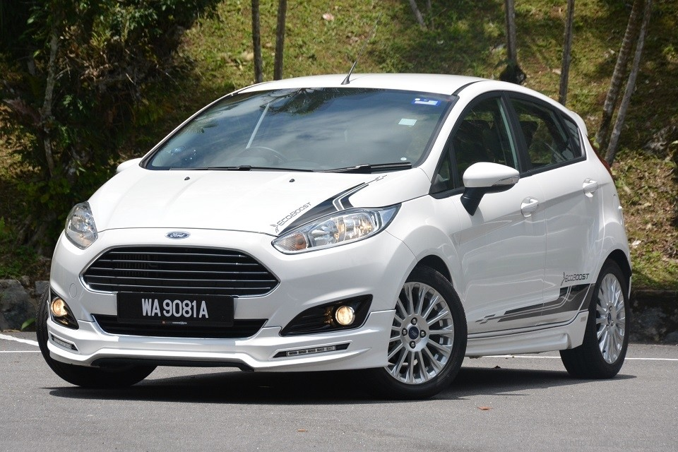 ford fiesta 1 0 ecoboost test drive review. Black Bedroom Furniture Sets. Home Design Ideas