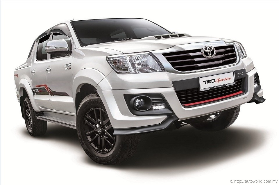 Toyota Hilux Receives Mild Updates For 2015 Autoworld Com My
