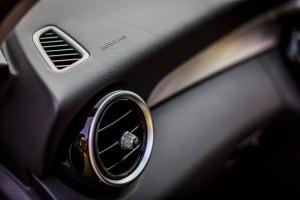 Mercedes-Benz C 200 AVANTGARDE (17)