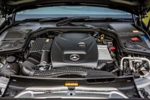 Mercedes-Benz C 200 AVANTGARDE (47)