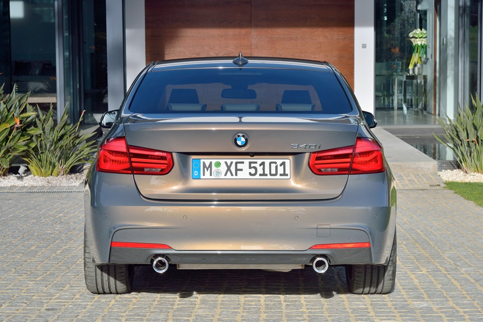Bmw 3 Series F30 Lci Facelift Debuts With All New Engines